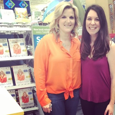 Book signing w/ Trisha Yearwood!